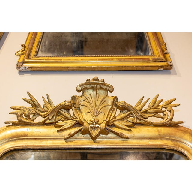Antique French Gilt Louis Philippe Mirror With Ornate Cartouche and Floral Frame For Sale In Houston - Image 6 of 13