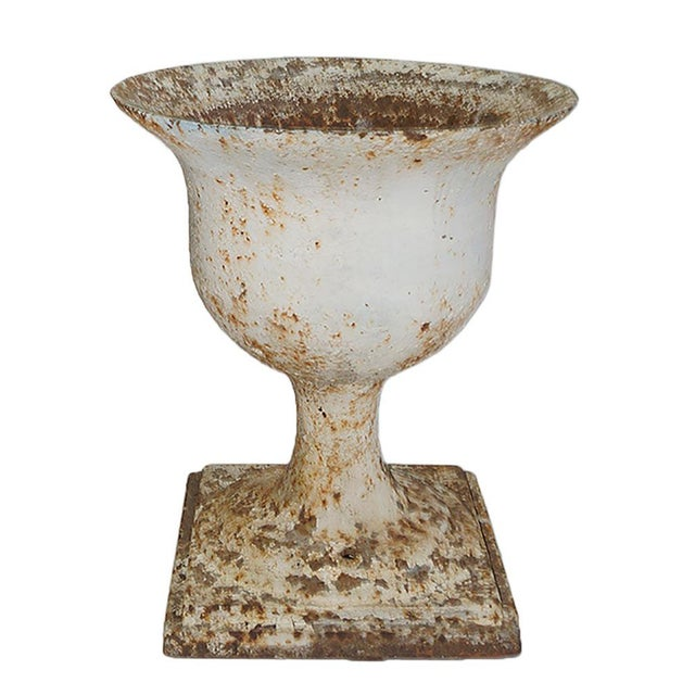 Early 20th Century Traditional Cast Iron Garden Urn For Sale - Image 4 of 6