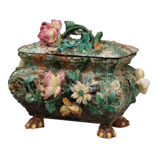 19th Century French Painted Ceramic Barbotine Decorative Box With Floral Motif For Sale