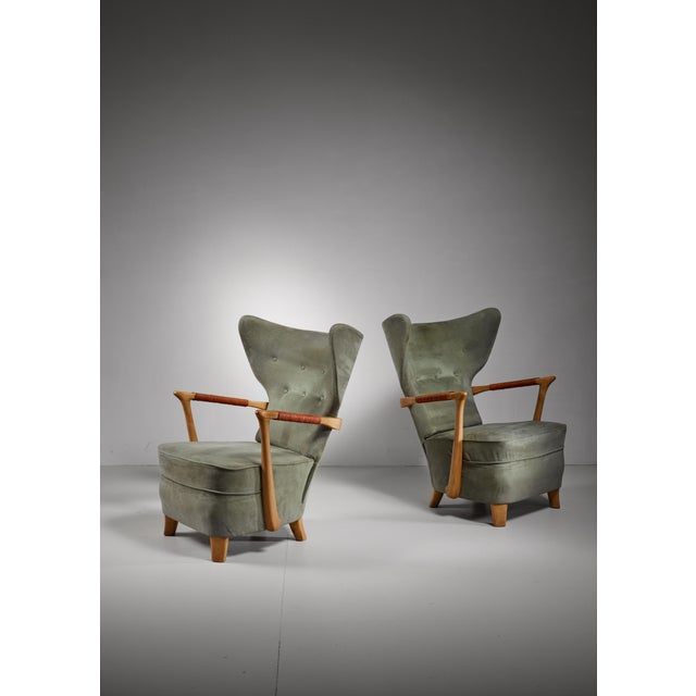Animal Skin Runar Engblom pair of lounge chairs, Finland, 1940s For Sale - Image 7 of 7