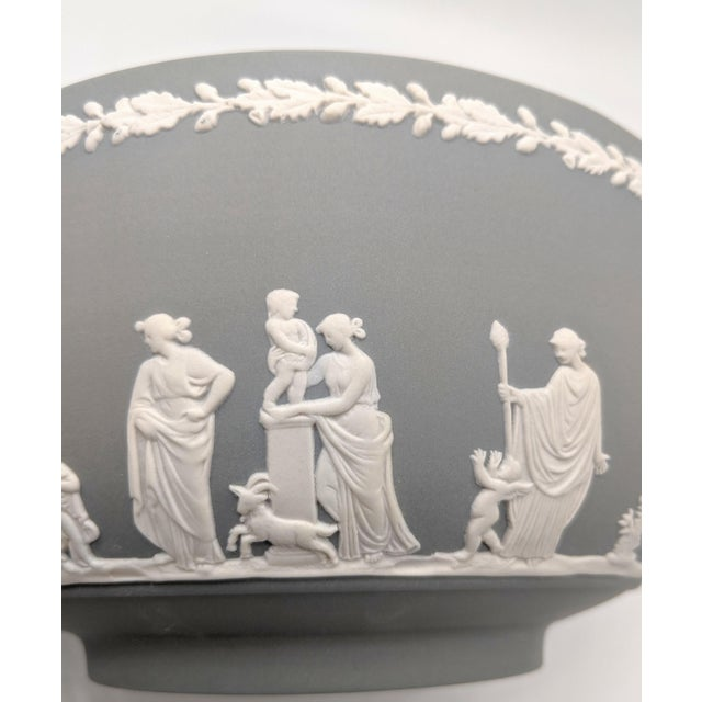 20th Century Wedgwood Jasperware Gray and White Bowl For Sale - Image 9 of 10