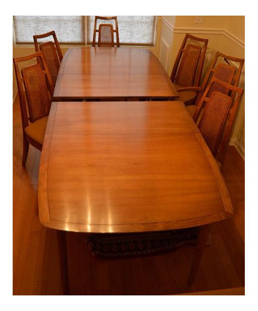 Drexel Heritage Meridian Dining Room Set For Sale