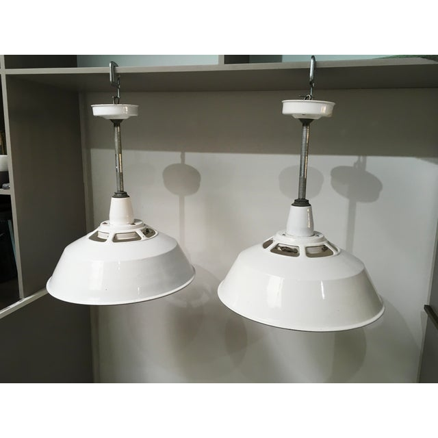 1950s Smoot Holman Industrial White Enamel Pendant Lights - a Pair For Sale - Image 13 of 13