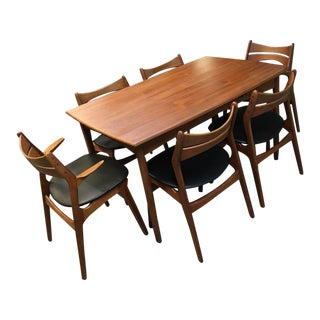 Mid-Century Modern Refinished and Reupholstered Dining Set - 7 Pieces For Sale