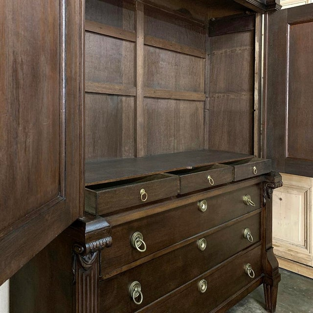 18th Century Dutch Hand Carved Linen Press For Sale - Image 9 of 13