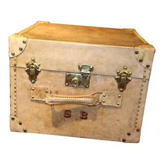 1920s Vellum Rectangular Hat Trunk With Handle on the Front For Sale