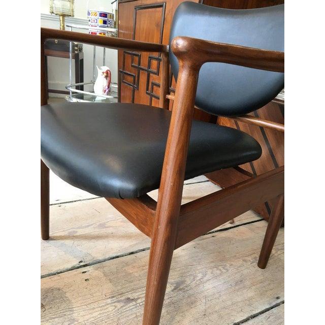 Wood 1950s Finn Juhl, Danish Mid-Century Modern Teak and Leather Armchair For Sale - Image 7 of 10