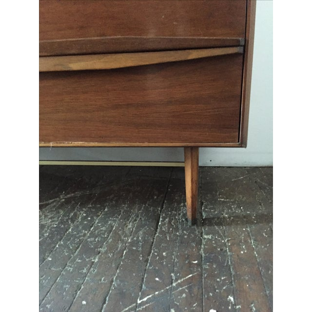 Mid Century Walnut Tall-Boy Chest - Image 4 of 9