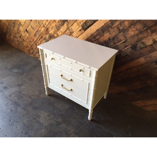 Vintage Hollywood Regency White Lacquer Dresser - Image 4 of 7