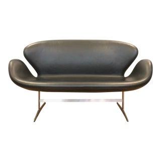 Modern Arne Jacobsen for Fritz Hansen Swan Sofa For Sale
