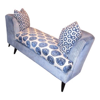 Kristin Drohan Embroidered Blue and White Upholstery Tete a Tete Sofa Lounge For Sale