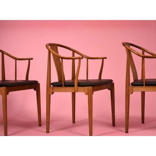 Hans J. Wegner China Chairs for Fritz Hansen, Set of Four, Circa 1944 For Sale - Image 9 of 10