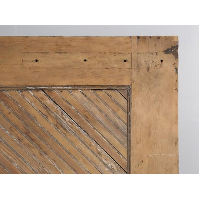 Antique 1890s American Garage or Barn Doors - a Pair For Sale In Chicago - Image 6 of 13