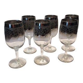 Mid-Century Dorothy Thorpe Crystal Wine Glasses With Grape Design - S/6 For Sale