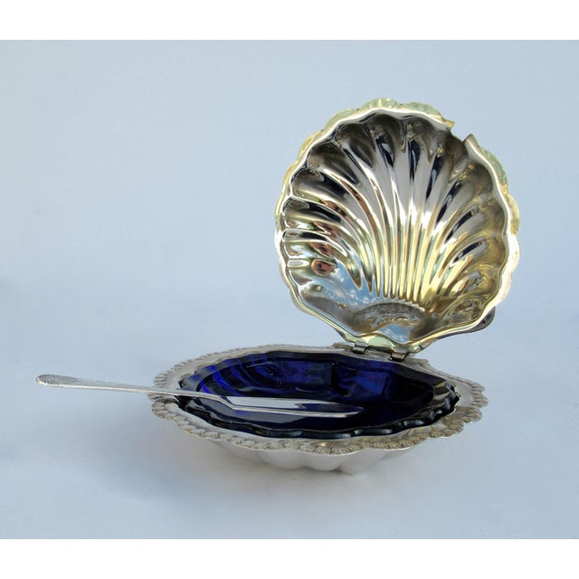 Americana Hollywood Regency English Silver Plate Caviar Serving Dish With Cobalt Blue Glass Liner - 3 Pieces For Sale - Image 3 of 13