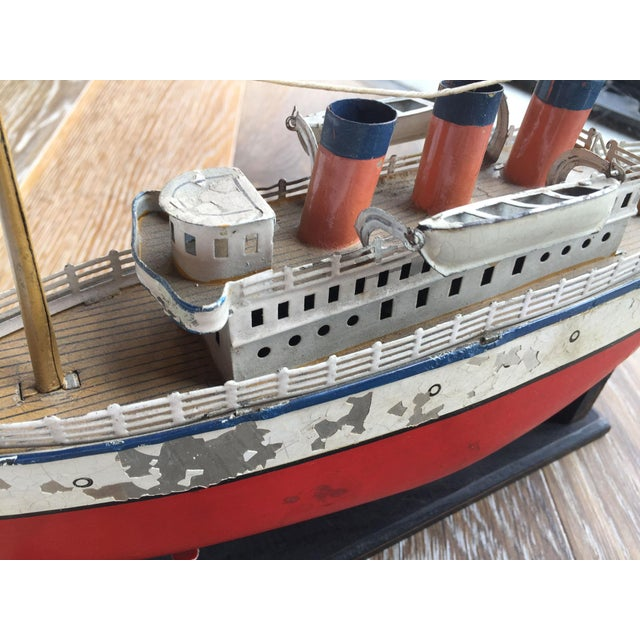 Nautical Vintage Steam Cruise Ship Model For Sale - Image 3 of 3