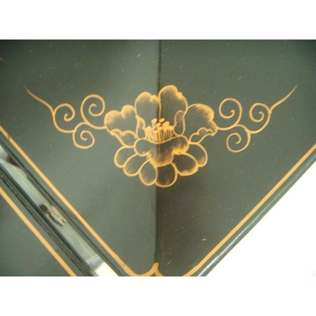 Lacquer Vintage Lacquered Chinese Lanterns - A Pair For Sale - Image 7 of 9