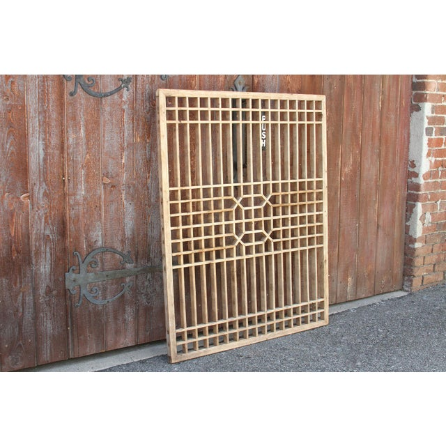 Early 20th Century Geometric Lattice Window Panel For Sale In Los Angeles - Image 6 of 10