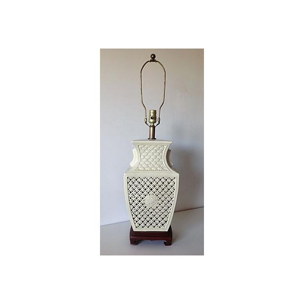 Porcelain Chinoiserie Lamp on Wood Base - Image 2 of 7