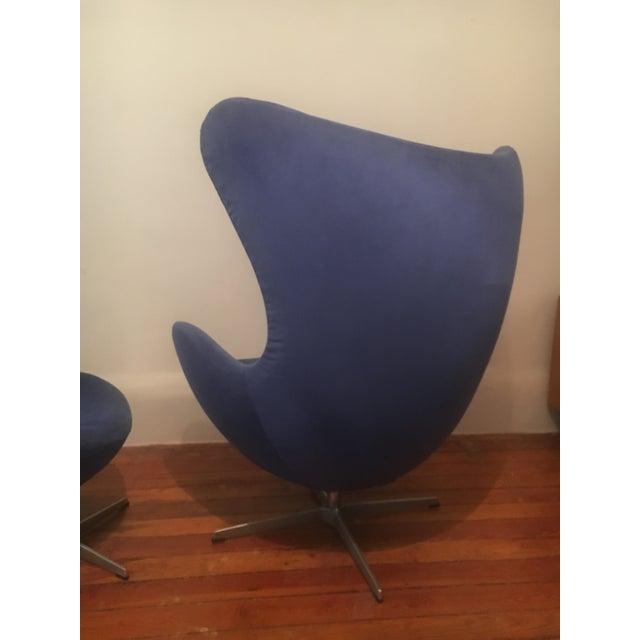 Fritz Hansen Arne Jacobsen for Fritz Hansen Egg Lounge Chair & Ottoman Mid Century Modern For Sale - Image 4 of 9
