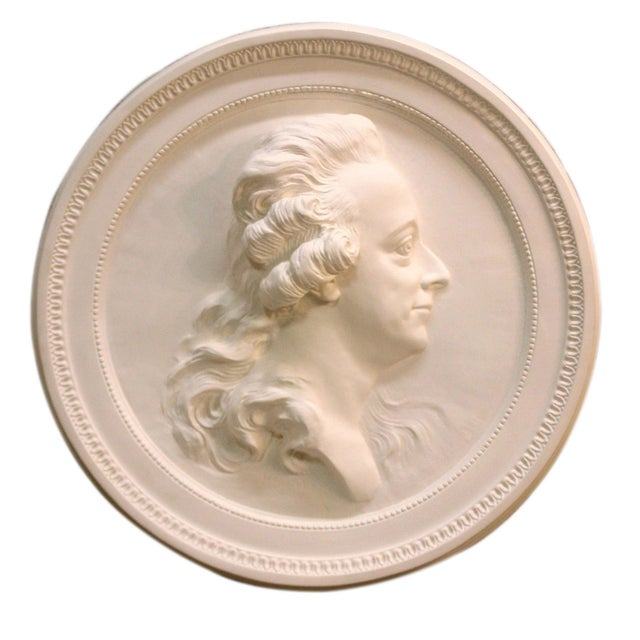 Traditional Swedish Portrait Plaster Medallion King Gustav III For Sale - Image 3 of 4