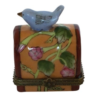 """1990s Vintage Porcelain Painted Collectible """"Mailbox With Bird Atop"""" Hinged Box. For Sale"""