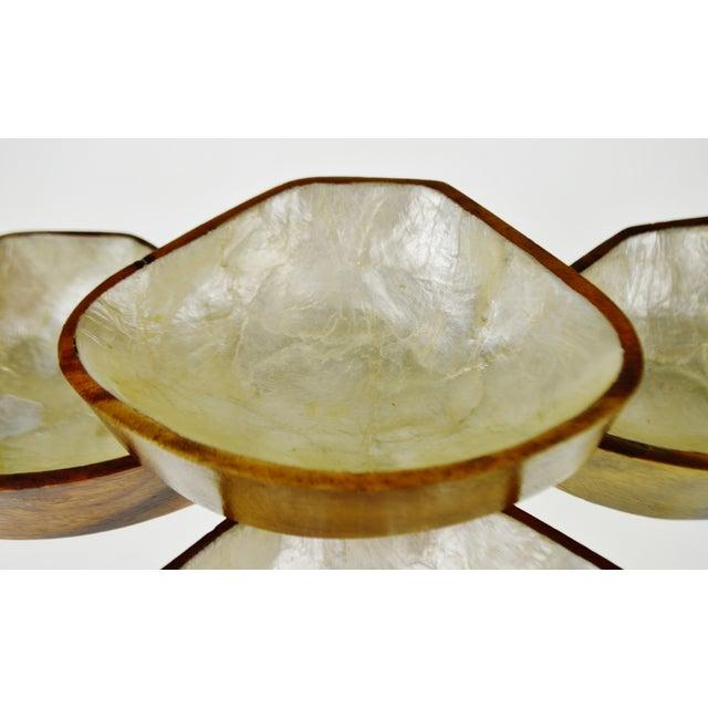 Mid Century Monkey Pod Wood and Capiz Shell Snack Bowls - Image 8 of 11