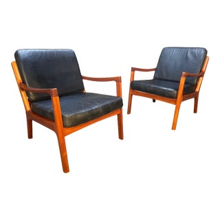 """Pair of Vintage Danish Mid Century Modern Teak and Leather """"Senator"""" Lounge Chairs by Ole Wanscher For Sale"""