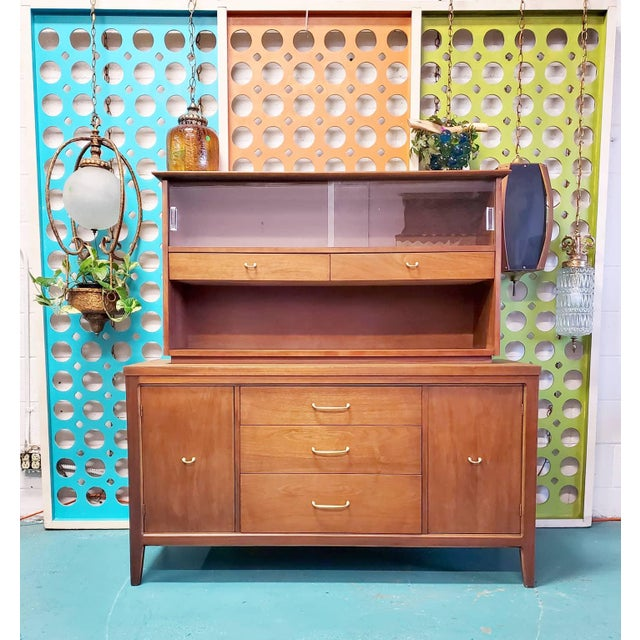 Mid 20th Century 1960s Mid Century Scandinavian Display Cabinet For Sale - Image 5 of 5