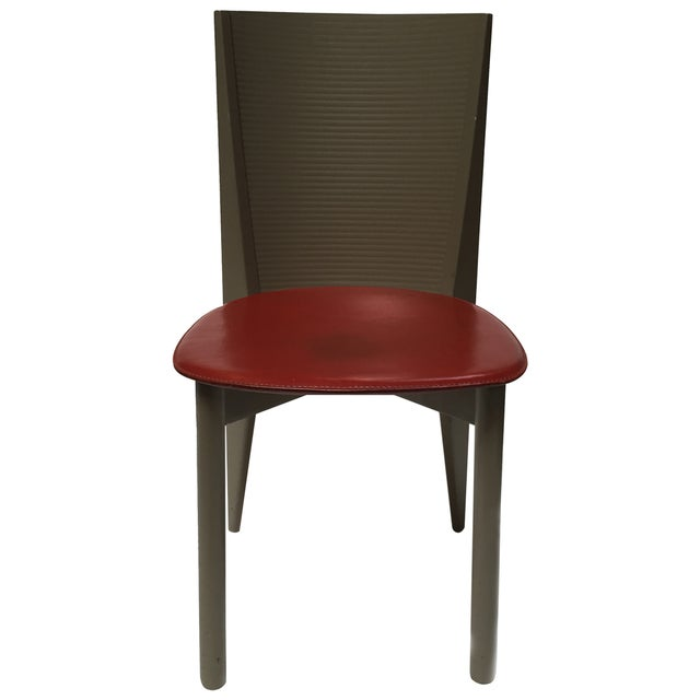 Bring a mid-century vibe to your dining room with this set of 4 Italian mid-century chairs by Calligaris Spa. The chairs...