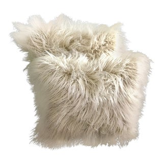 "18"" Faux Himalayan Fur Cream Pillows - a Pair For Sale"