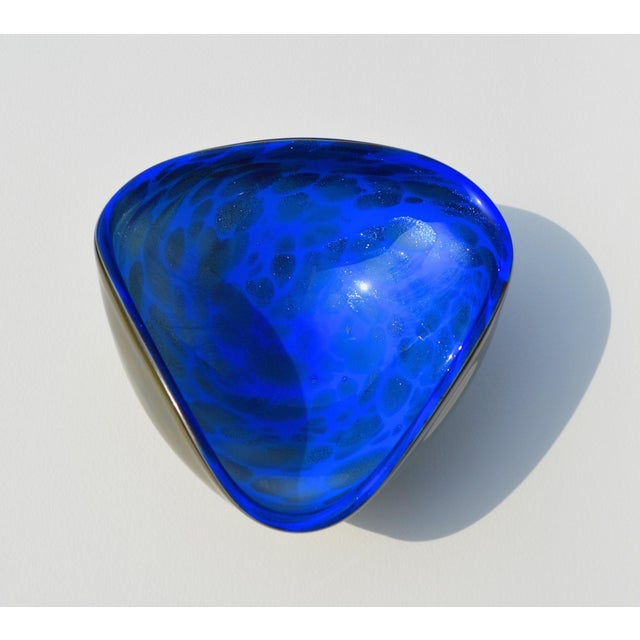 Mid-Century Modern Alfredo Barbini Italian Murano Cobalt Blue Glass Catchall Bowl For Sale - Image 3 of 11