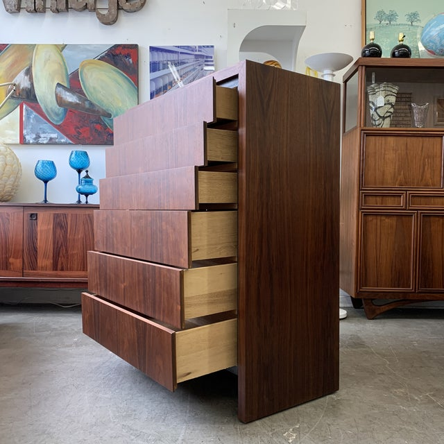Vintage Tall Dresser by Arthur Umanoff for Dillingham For Sale In Los Angeles - Image 6 of 8