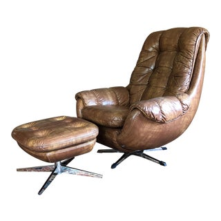 1970s Space Age Egg Lounge Chair With Ottoman - 2 Pieces For Sale