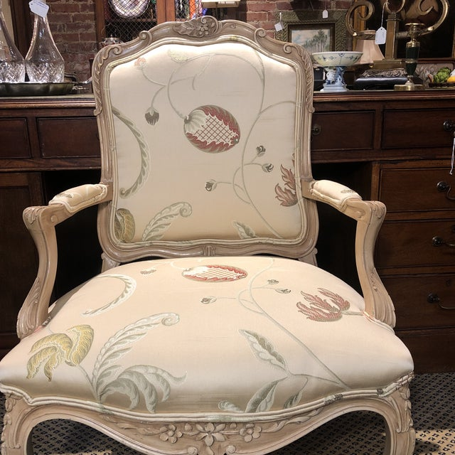 French Louis XV Style Polychromed Faiteuils -A Pair For Sale - Image 9 of 10