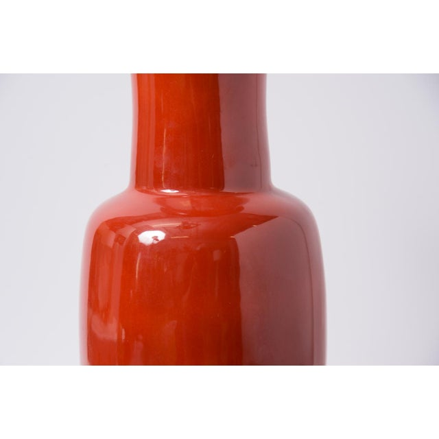 Asian 1960s Chinese Red Porcelain Vases - a Pair For Sale - Image 3 of 10