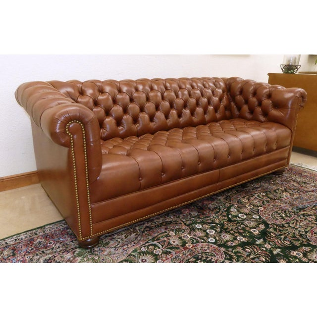 Enjoyable Hancock Moore Tufted Leather Chesterfield Sofa Theyellowbook Wood Chair Design Ideas Theyellowbookinfo