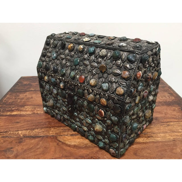 Mid 20th Century Large Moroccan Wedding Silvered Jewelry Box Inlaid With Semi-Precious Stones For Sale - Image 5 of 13