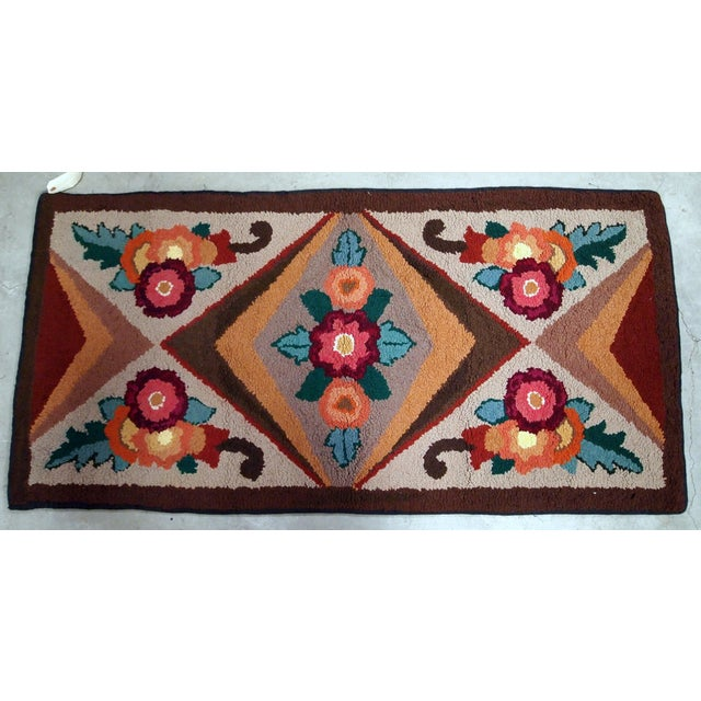 Beige 1930s Handmade Antique American Hooked Rug 2.6' X 4.6' For Sale - Image 8 of 9