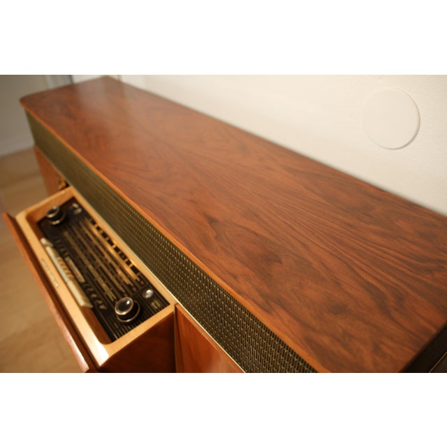 1950s 1956 Mid Century Grundig 9065 Stereo Console For Sale - Image 5 of 8