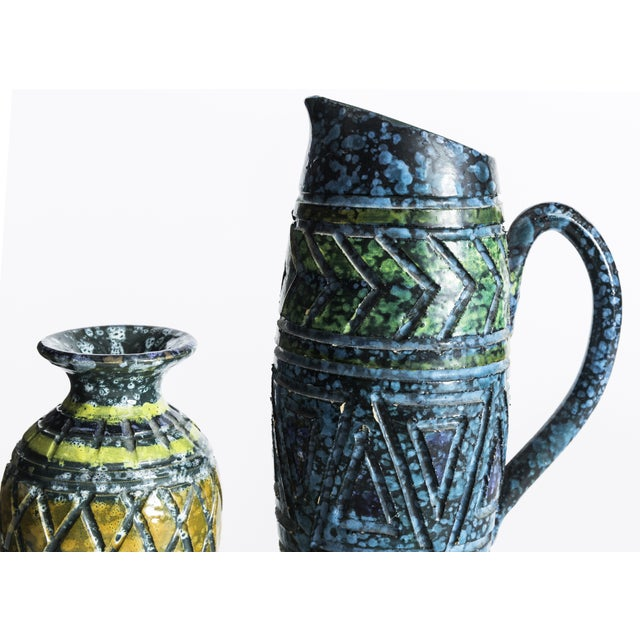 Blue & Yellow Incised Pottery Vases - a Pair - Image 4 of 5