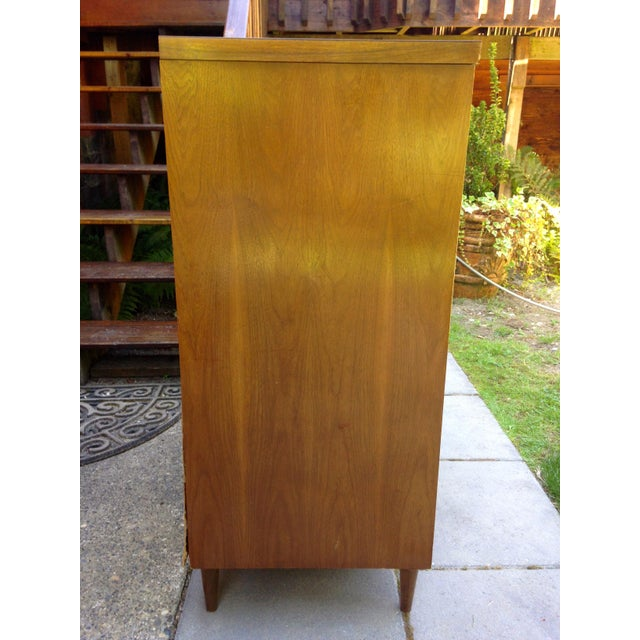 Mid Century Modern 4 Drawer Tallboy Dresser - Image 3 of 5