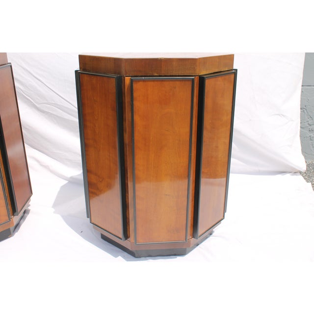 Henredon Mid-Century Nightstands or End Tables - A Pair - Image 7 of 11