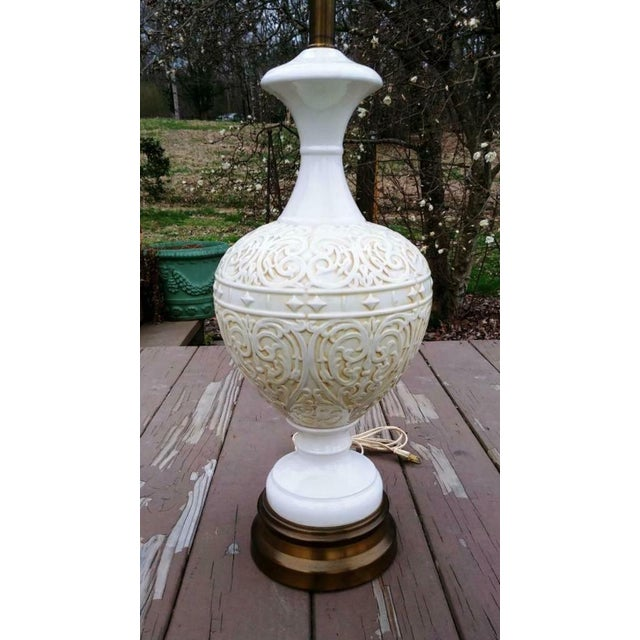 Mid-Century Modern Large Vintage White Mid Century Modern Embossed Italian Style Pottery Table Lamp With Harp and Finial For Sale - Image 3 of 13