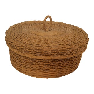 1950s Passamaquoddy Native American Woven Ash & Sweet Grass Lidded Basket, Signed For Sale