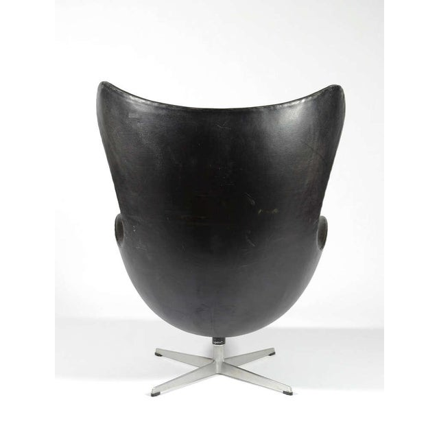 Metal Rare 1st Generation Egg Chair by Arne Jacobsen For Sale - Image 7 of 9