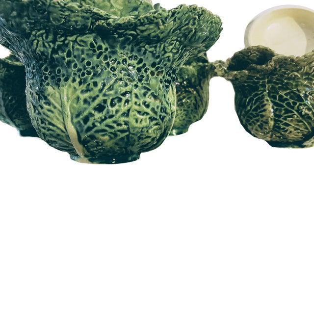 Ceramic 1930s Vintage Portuguese Majolica Cabbage Shaped Leaf Soup Bowls - Set of 4 For Sale - Image 7 of 10