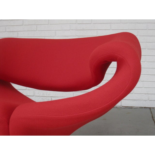1960s Pop Art Pierre Paulin Red Wool Ribbon Chair For Sale - Image 9 of 13