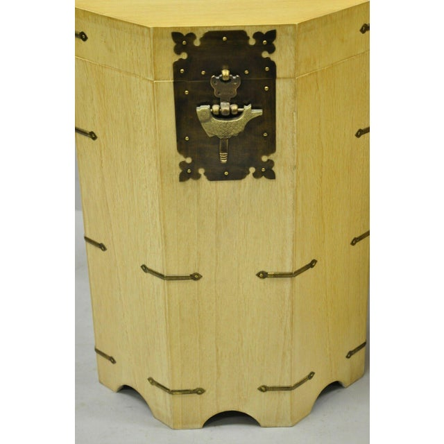 Chinoiserie Vtg Cerused Mahogany Chinese Storage Chest Trunk Octagonal Side Tables - a Pair For Sale - Image 3 of 13