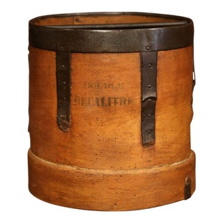 Mid-19th Century French Walnut and Iron Grain Measure Basket With Inside Handle For Sale